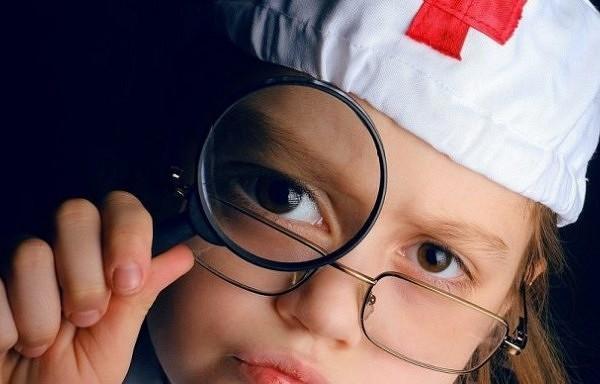 Kādiem medikamentiem jābūt aptieciņā, kad mājās ienāk mazulis?