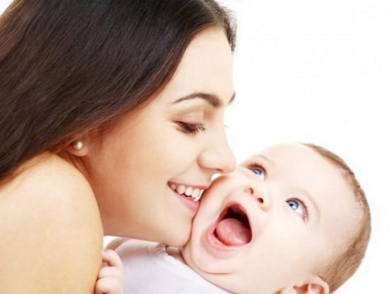 Daži nerakstīti likumi, kas noteikti noderēs jaunajai māmiņai.