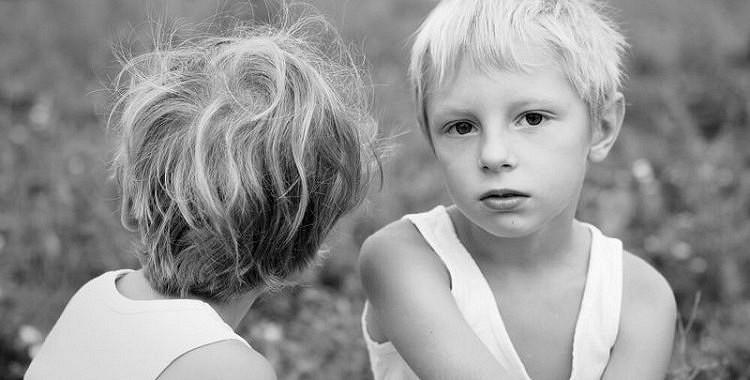 Klusā traģēdija, par kuru neviens nerunā. Vecākiem nav jābūt savu bērnu draugiem
