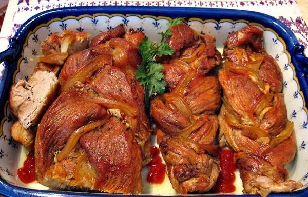 Kad uzzināju par šo cūkgaļas pagatavošanas recepti, vienmēr gatavoju tikai tā! Ļoti efektīga gaļas pasniegšana!