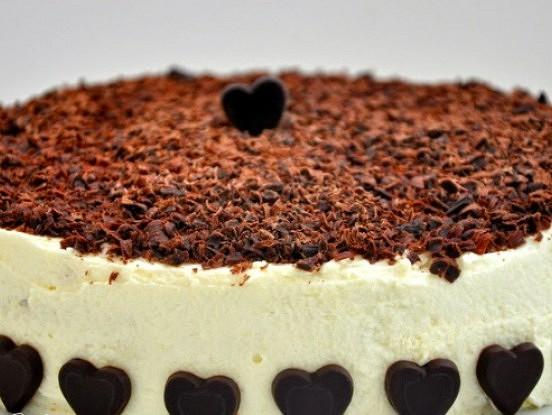Riekstu torte – minimums miltu, bez sviesta un maksimums baudas