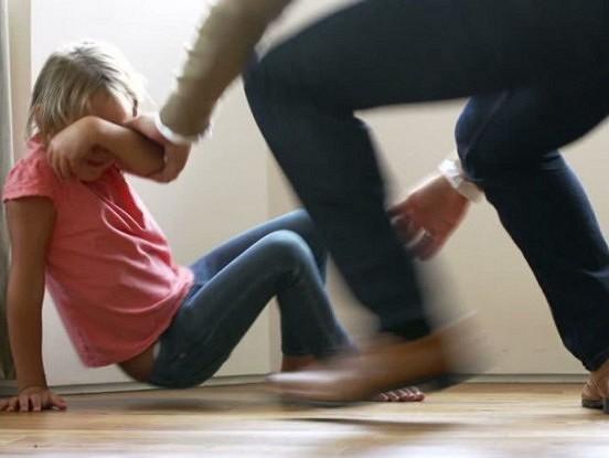 Šokējošs pētījums par bērniem, kuri kādreiz tika pērti!