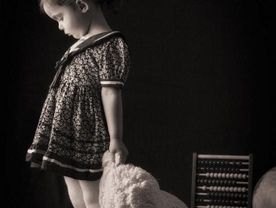 Bērni, kuriem visvairāk nepieciešama mīlestība, uzvedās vissliktāk