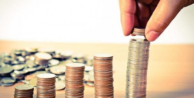 Kā piesaistīt naudu un bagātību 2019. gadā: naudas rituāls, kurš reāli strādā