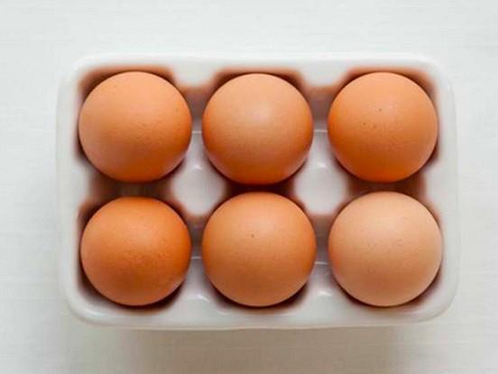 """""""Visvērtīgākais produkts uz planētas"""": kāpēc olas brokastīs paildzina jūs dzīvi par 10 gadiem"""