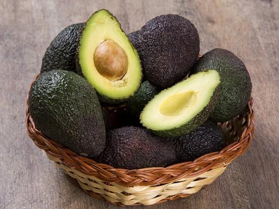 17 iemesli ēst avokado katru dienu – iespējams, padārgi, bet tas būs katra izdotā centa vērts!