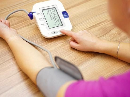 Atkal saniķojies spiediens? Ieteikumi asinsspiediena mērīšanai