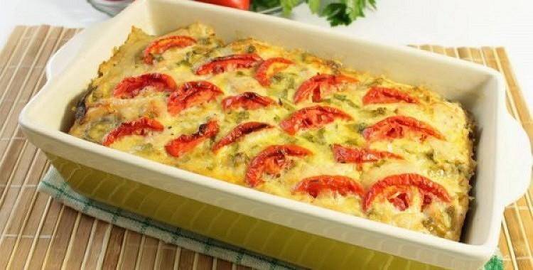 Vistas fileja ar dārzeņiem un ceptu sieru
