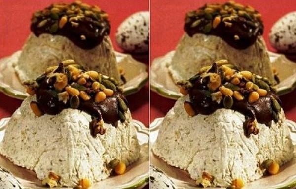 Pasha ar rūgto šokolādi un riekstiem