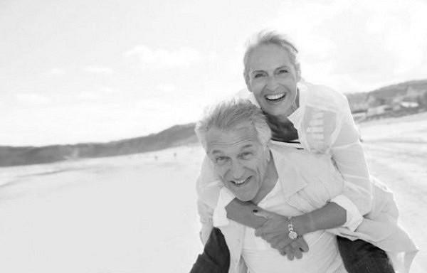 Kāpēc sievietes dzīvo ilgāk par vīriešiem?