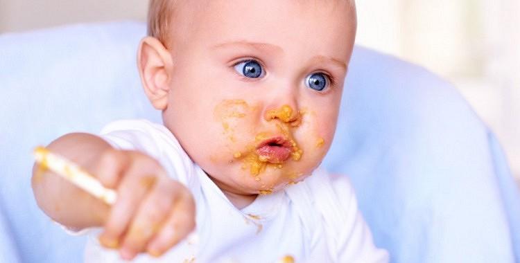 Četri kaitīgi produkti, kurus nevajadzētu iekļaut mazuļa ēdienkartē