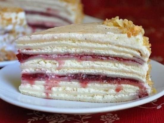 Pankūku torte ar biezpiena – ķiršu krēmu