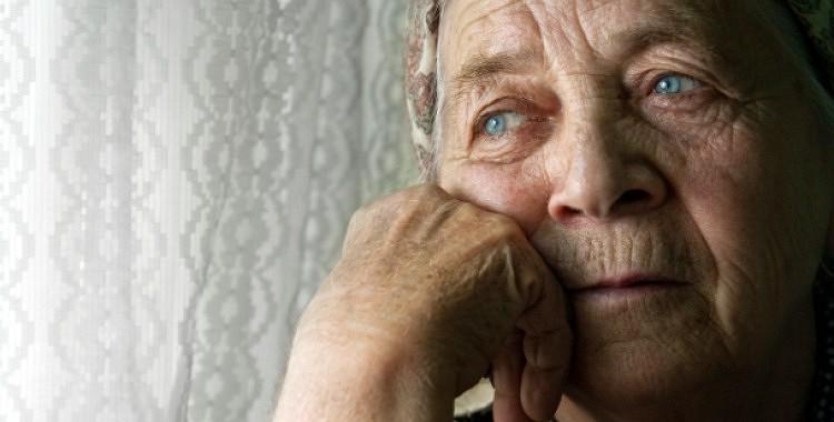 Stāsts par kādu vecu tantiņu, kas aizkustina līdz asarām