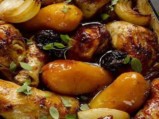 Kartupeļi ar melnajām plūmēm