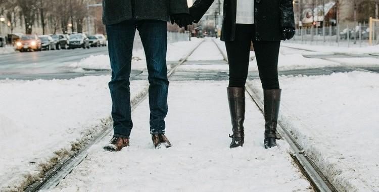 Šī vienkāršā metode liks jums aizmirst par salstošām kājām aukstā laikā