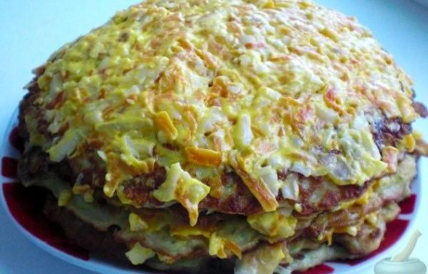 Kabaču torte ar siera – dārzeņu pildījumu