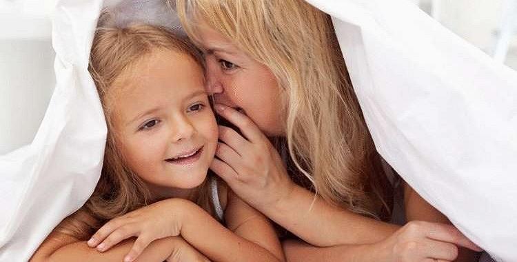 Vārdu maģija: septiņas frāzes, kuras jāsaka bērnam katru dienu