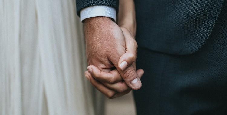 Mīlēt nozīmē būt blakus, kad tas tiešām ir vajadzīgs…