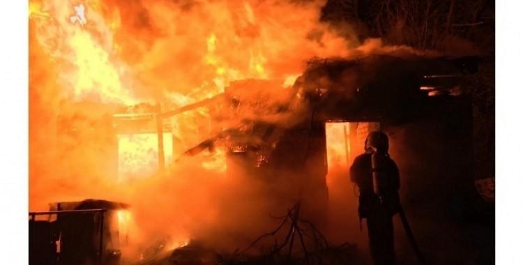 Nepieciešama palīdzība māmiņai ar diviem bērniem, kuriem vakar ugunsgrēks atņēma mājas