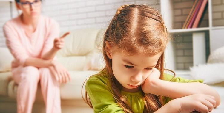 5 vecāku frāzes no kurām vajadzētu atteikties