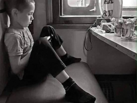 Bērns vilcienā! Vecākiem bērnam jābūt blakus, kamēr esam dzīvi