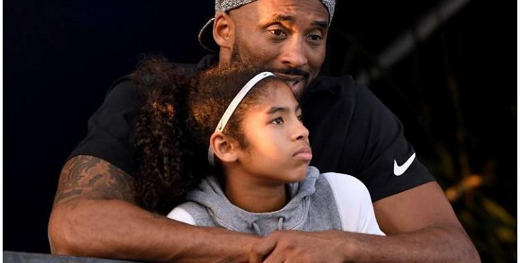 Aizkustinošs stāsts par Kobe Braientu un viņa 13 gadus veco meitiņu Mambasitu