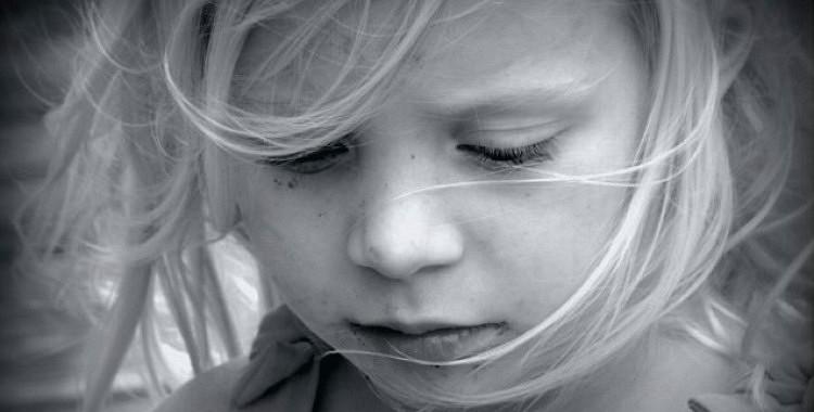 11 lietas, kuras nekad nevajadzētu teikt saviem bērniem, ja vēlaties, lai viņi būtu laimīgi un panākumiem pilni
