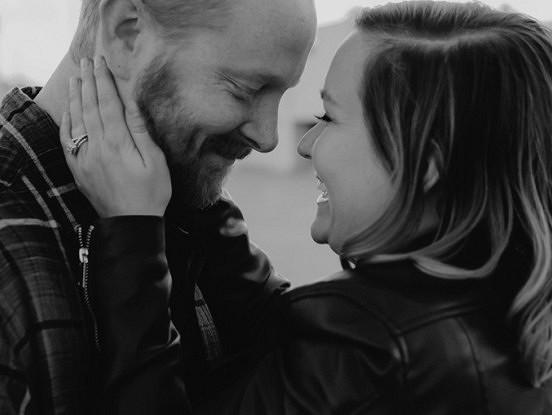 Kad vīrietis ir patiešām iemīlējies tevī, tad tu to jūti savas būtības dziļumos