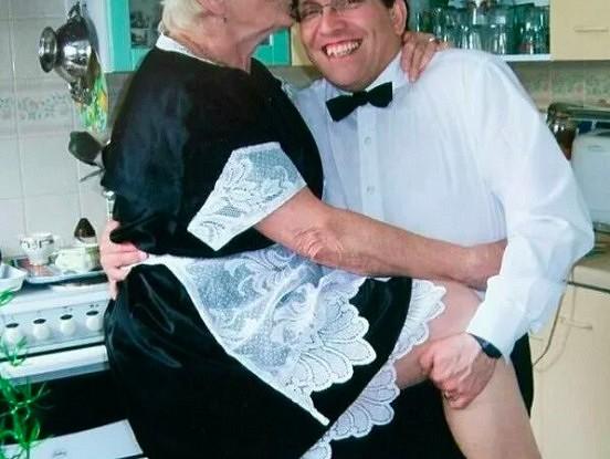 Kad viņi apprecējās, viņam bija 30, bet viņai 69.  Kā dzīvo pāris pēc gandrīz 15 gadiem