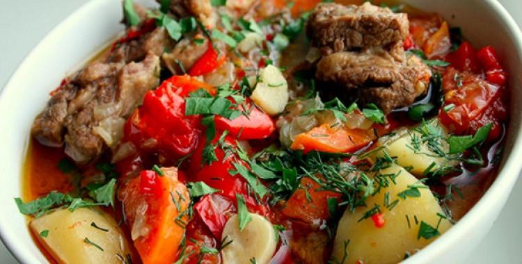 Liellopu gaļa ar kartupeļiem