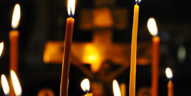 Bīstamās zīmes: kā rīkoties, ja baznīcā nodziest vai nokrīt svece