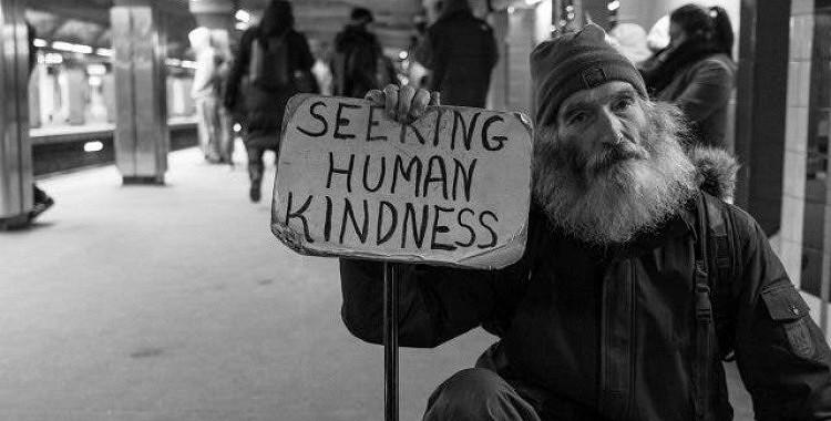 7 svarīgi iemesli, kāpēc jums vienmēr vajadzētu būt laipnam pret citiem