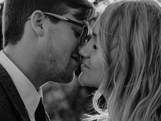 9 lietas, kā laimīgs pāris nekad neuzvedīsies, jo viņi novērtē savas attiecības