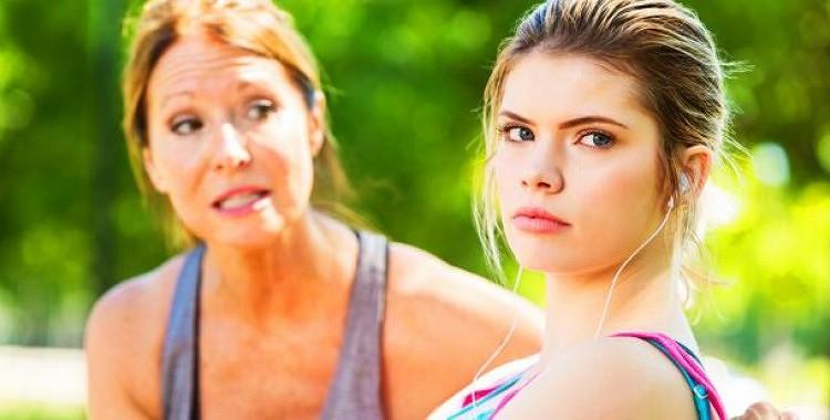 Atrodoties ap toksiskiem ģimenes locekļiem, jūs variet pazaudēt savu veselo saprātu
