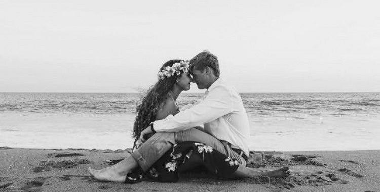 Beznosacījuma, patiesa mīlestība nozīmē pieņemt to, kuru mīli, tādu, kāds viņš ir, nevis censties viņu mainīt