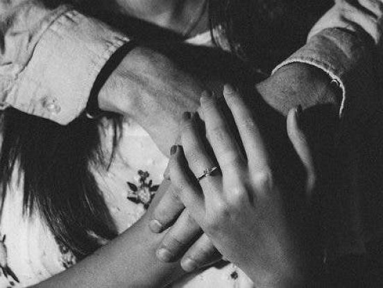 8 pazīmes, ka jūsu partneris ir pārstājis jūs mīlēt