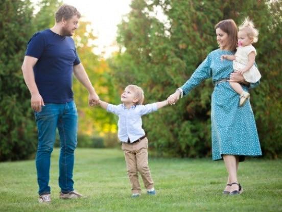 Kā tikt galā ar bērna greizsirdību