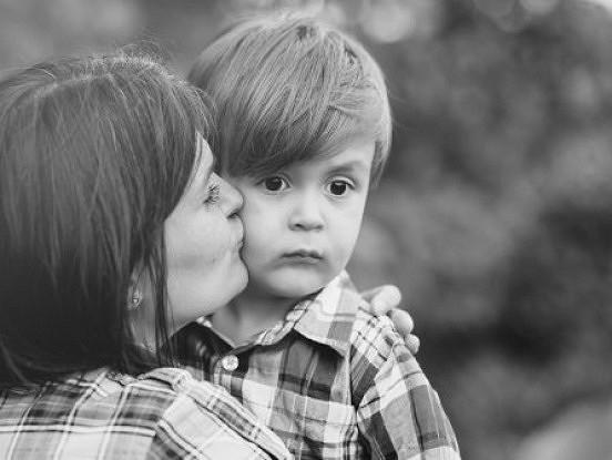 7 pazīmes, ka jūs ir audzinājusi emocionāli nestabila un toksiska māte
