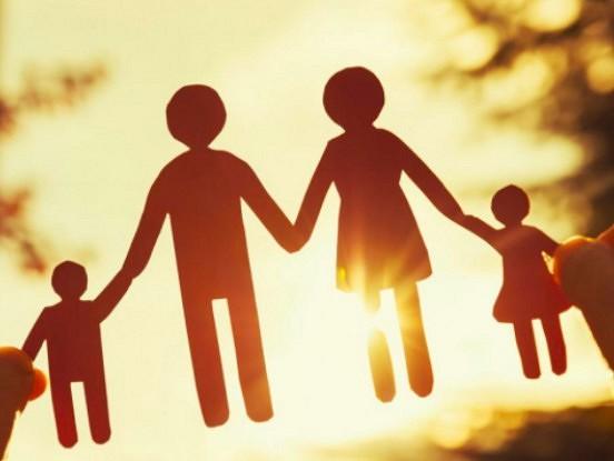 Bērni, kuru vecāki izšķiras, baidās no tuvām attiecībām nākotnē: zinātnieku pētījumi
