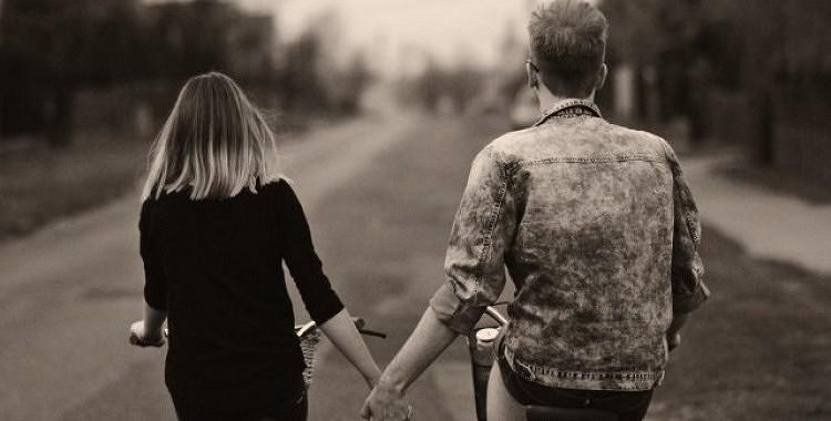 Kādas kļūdas partneri pieļauj attiecību sākumā?