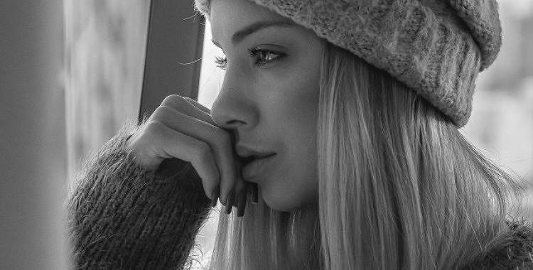 10 šķietami nenozīmīgas lietas, kas viņai patiesībā var nozīmēt visu pasauli