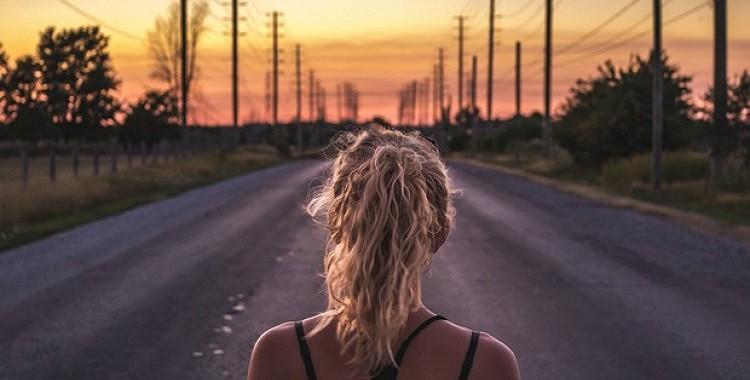 12 depresijas pārvaldīšanas paņēmieni, kas var likt jums atkal justies laimīgiem