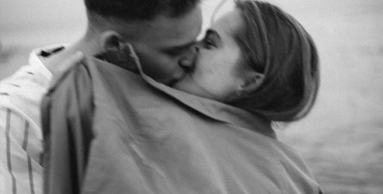 Īsta mīlestība nozīmē cīnīties kopā, nevis padoties tad, kad kļūst grūti