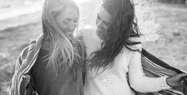 Ja tavs labākais draugs ir sarkastisks, tas nozīmē, ka tev ir patiess draugs