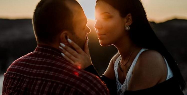 Tas ir tik vienkārši: ja viņš jūs mīl, viņš nebeigs dzīties jums pakaļ