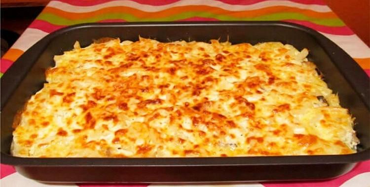Vienkārši sajauciet kartupeļus, sieru un ķiplokus, ielieciet cepeškrāsnī un garša Jūs pārsteigs!