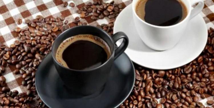 Lūk, kā uz jūsu organismu iedarbojas vien 2 tasītes kafijas dienā!  5 iemesli, lai cienītu un mīlētu šo dzērienu