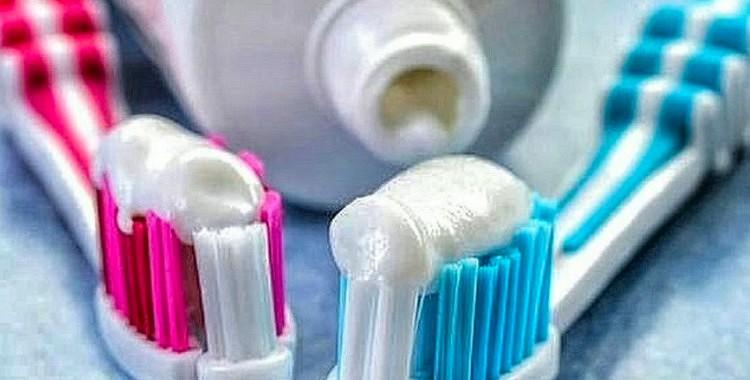 16 neticami zobu pastas  pielietošanas veidi. Vai jūs par ko tādu zinājāt?