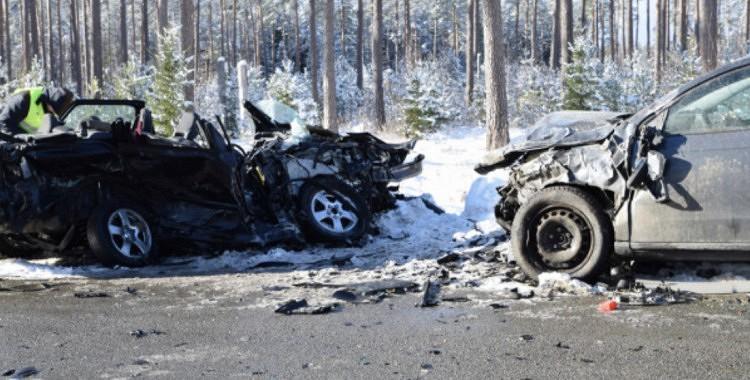 Traģiska avārija Kurzemē, kurā ir arī bojāgājušie