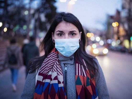 Koronavīruss: kā pandēmija varētu izskatīties 2021.gadā
